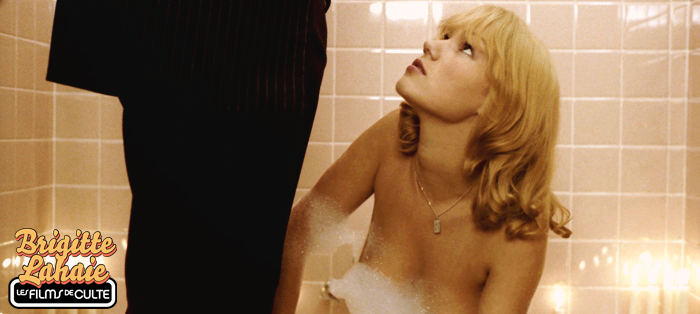 Photo du bain bougies Brigitte Lahaie les Films de culte_ gauloise de nuits