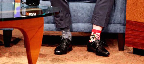 on voit tes chaussettes depareillees_Gauloise de Nuits